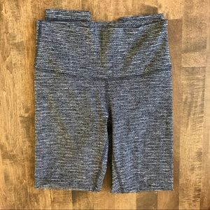 Lululemon black white coco pique high times pant